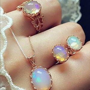 4 Piece Iridescent Necklace Set